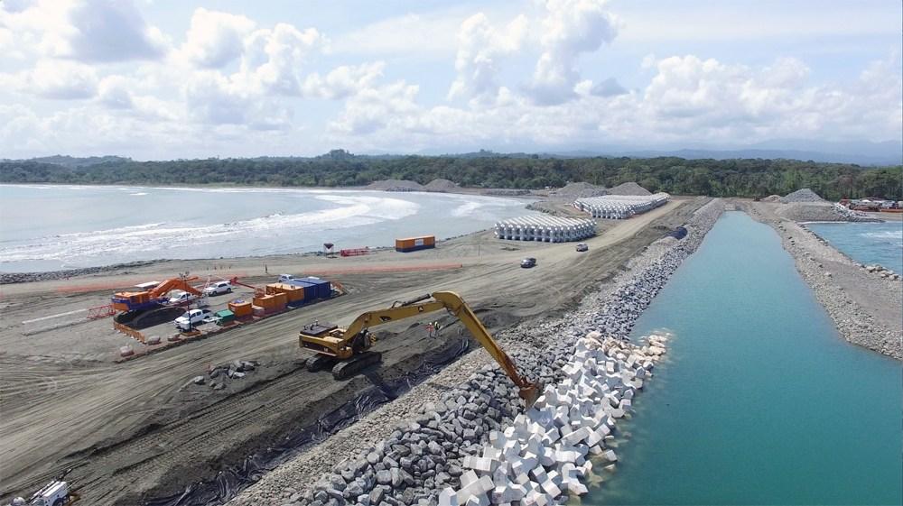 El Gobierno argumenta que no uno pifia en la construcción del acceso definitivo de TCM
