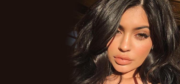 """Kylie Jenner, la menor de las Kardashian, bailó """"Despacito"""" muy sexymente"""