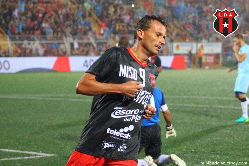 Josef Miso… El portero hizo un buen trabajo! (Video)