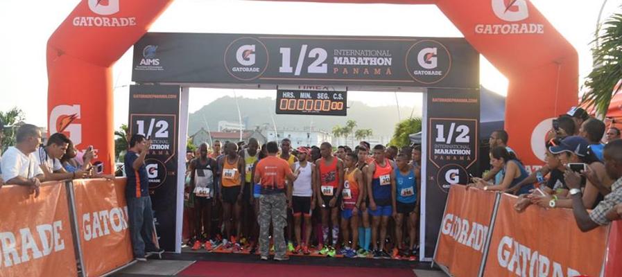 Media Maratón de Panamá ganada por un Keniano y Costa Rica con participación destacada.