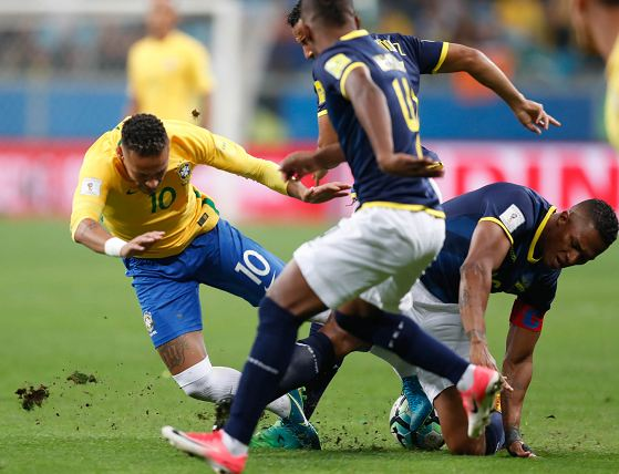 Brasil, un líder intocable que deja más lejos a Ecuador del Mundial