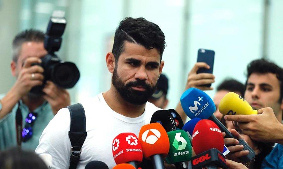 Diego Costa no juega hasta enero y por lo tanto no garantiza su titularidad