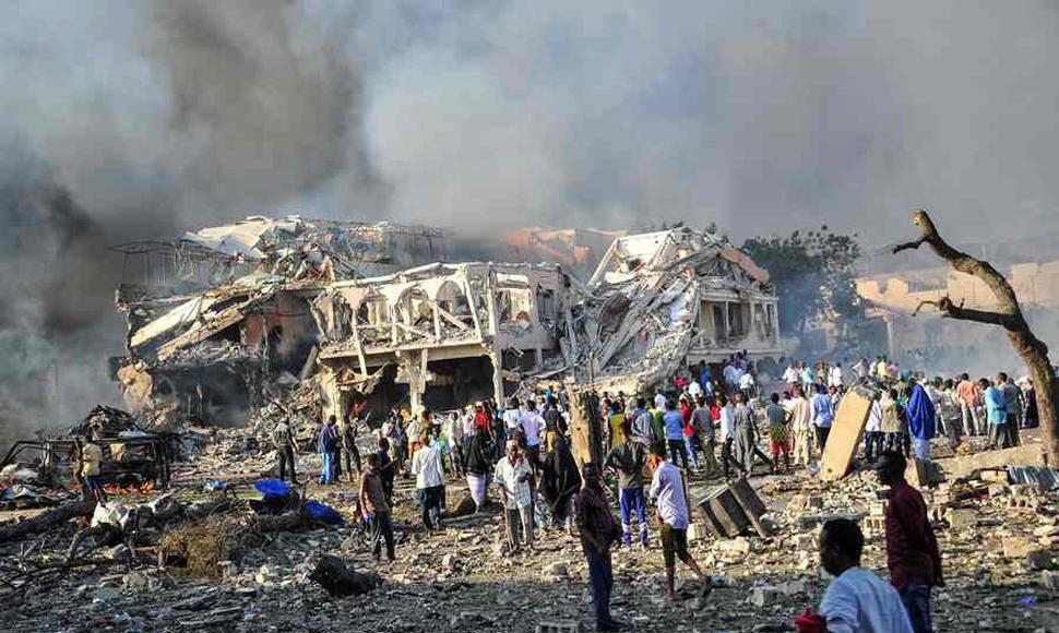 276 muertos y 300 heridos en el atentado terrorista en Mogadiscio
