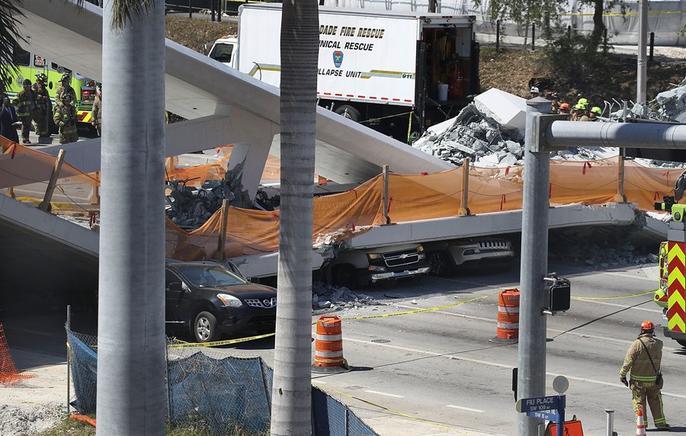 Se derrumba puente en Miami y deja varios muertos
