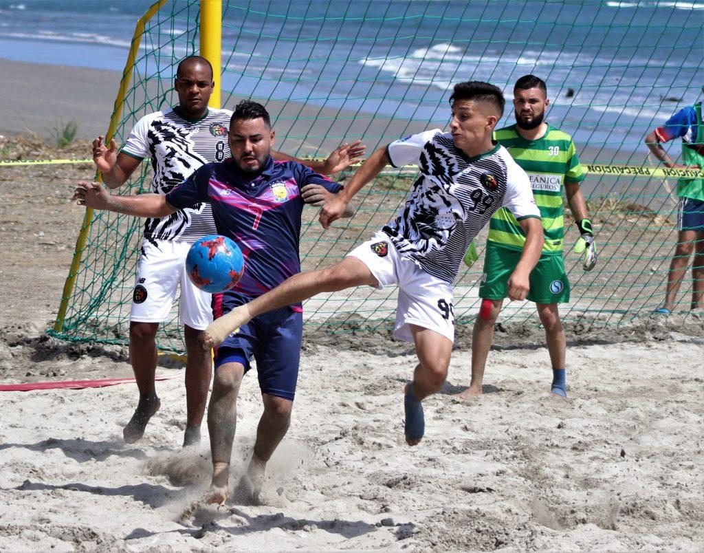 Fútbol Playa entra a su fase final