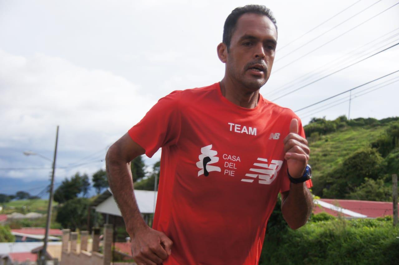 Fartlekeando!!!… Hoy con Bernardo Ramírez… El atletismo cambió mi vida y me hizo mejor persona.