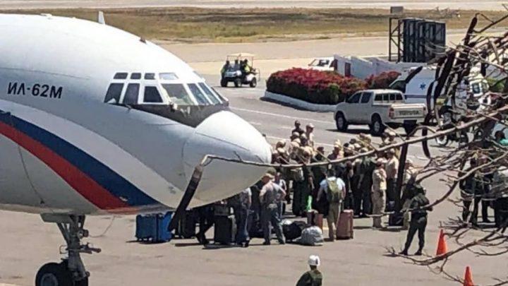99 militares Rusos y 35 toneladas de cargamento recibió Venezuela en Maiquetía