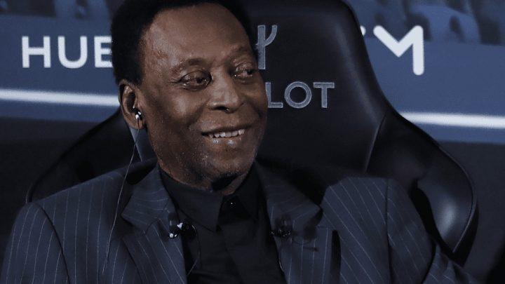 Pelé se encuentra otra vez en el hospital