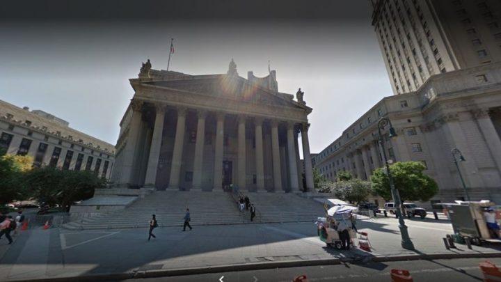 Novela en NYC… Jurado se enamoró de testigo preso en audiencia