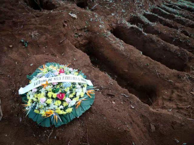 Es un cuerpo tras otro no paramos, la historia del sepulturero del cementerio más grande de Brasil