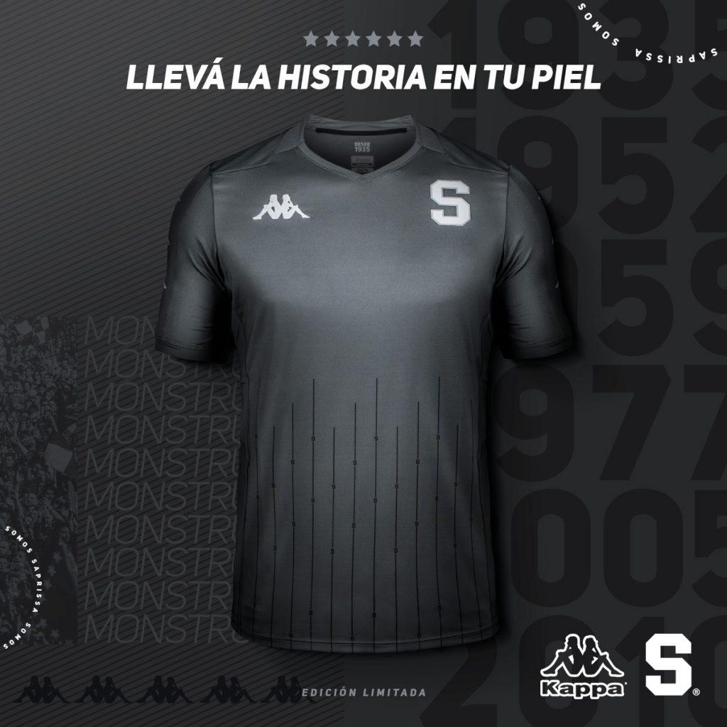 Saprissa presenta una camiseta llena de historia
