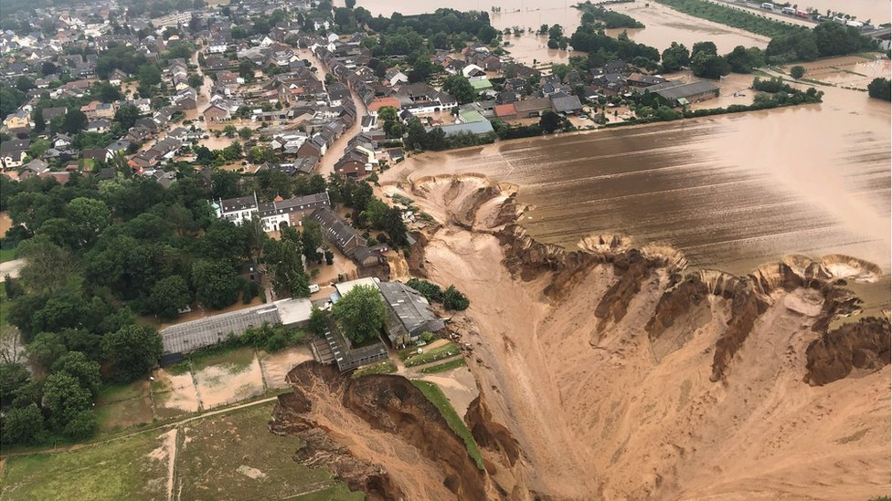 1200 desaparecidos y 120 muertos por inundaciones en Alemania y Bélgica