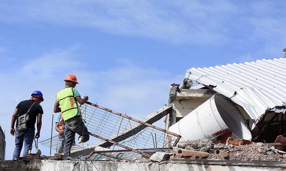760 millones de dólares le costará al ministerio de educación reparar centros dañados por terremoto