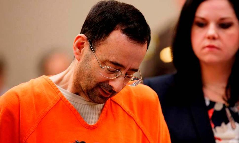 Vuelve a la corte, médico condenado por abuso sexual.