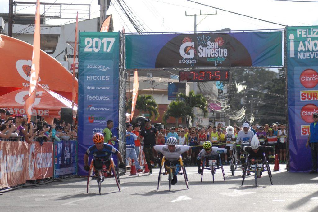 Johanning y Méndez conquistaron la Gatorade San Silvestre 2017