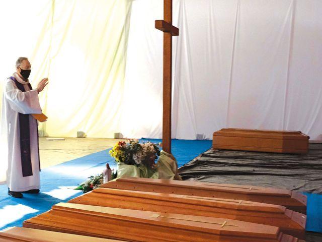 Más de 60 sacerdotes fallecidos, tragedia que impacta al clero